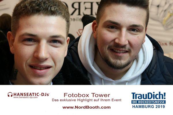 gallery-fotobox-hanseatic-djs-1001F92426B-0E90-9596-60B8-FDDC595E604F.jpg